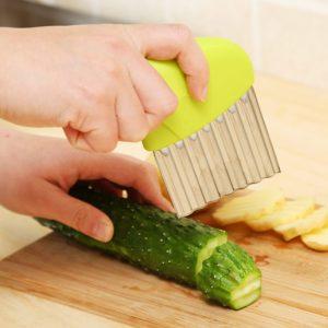 Trancheur de légumes et de pommes de terre, Gadget pratique, pour oignon ondulé, salade de frites froissée, coupe ondulée, couteau à trancher 1